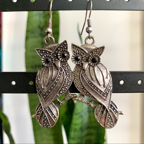 Vintage Silver Metal Owl Dangly Earrings